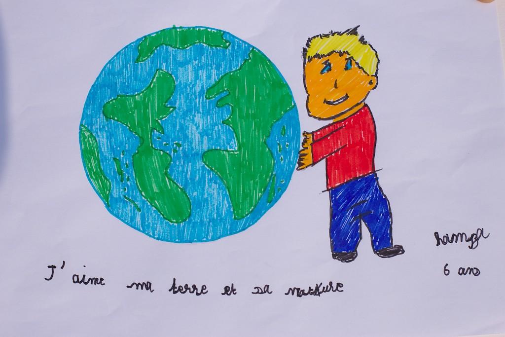 Les œuvres des enfants de Combs la Ville pour la nature