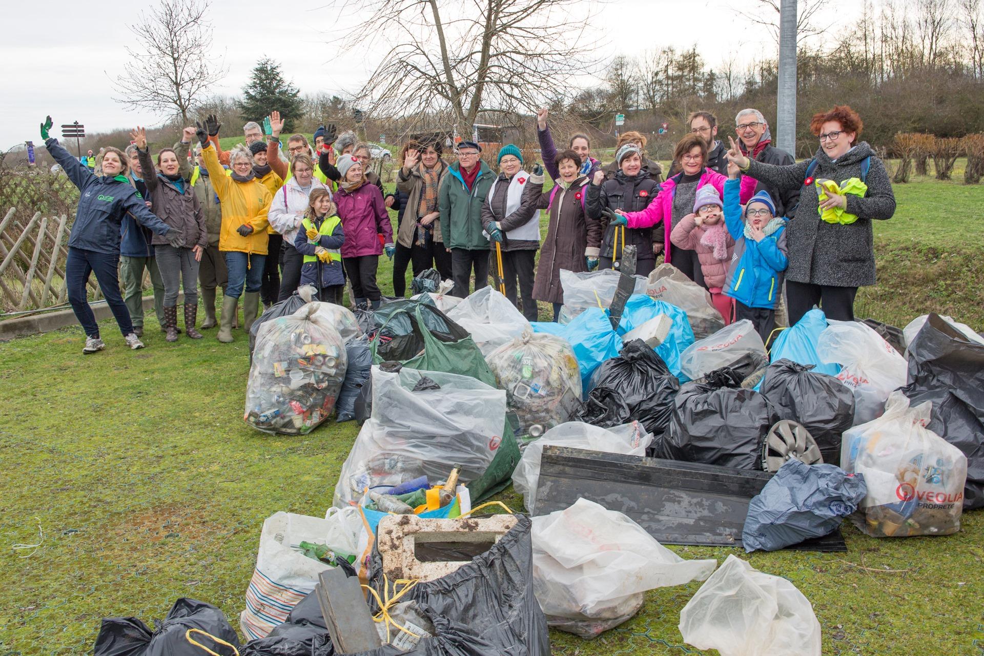Ramassage des déchets du 09 février 2020 autour de l'Intermarché Combs la Ville